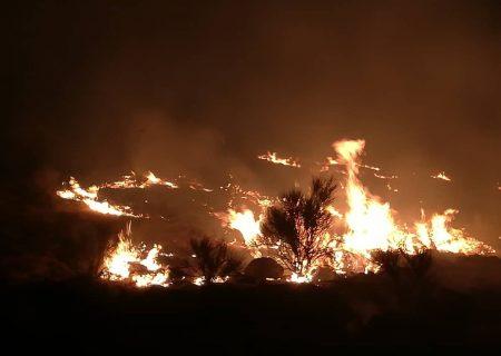 اطفای شعله های سرکش آتش در مناطق صعبالعبور کوهستان دراک