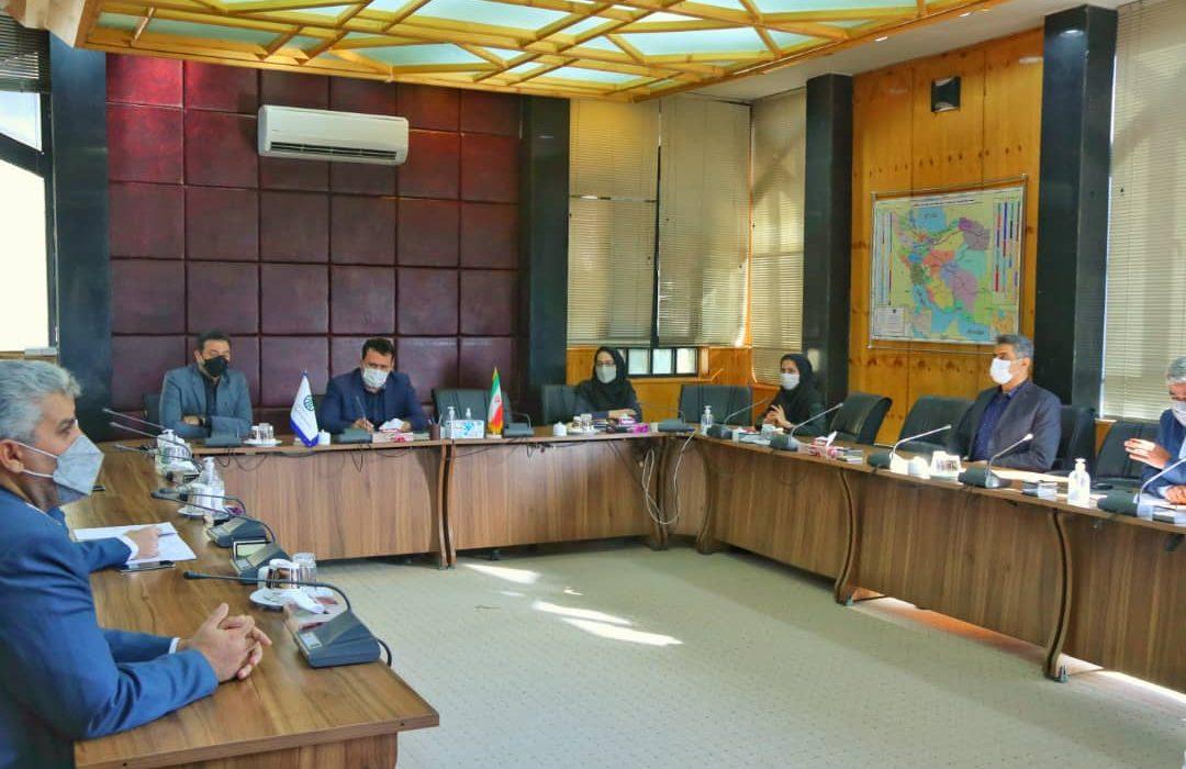 راهکارهای همکاری بیشتر با صنعت گردشگری فارس بررسی شد