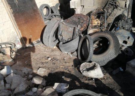 آتش سوزی در محل دپوی لاستیک های دست دوم  در خیابان عابدینی شیراز