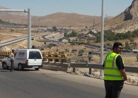نصب ۹ سامانه ثبت تخلف جاده ای در محور شیراز – خرامه