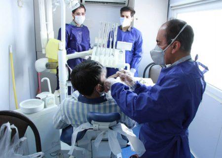 تقدیر رئیس کل دادگستری استان  فارس از ارائه خدمات دندان پزشکی گروه جهادی منتظران ظهور به زندانیان  استان